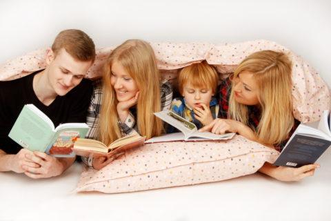 Gondíková, Kuklová a Finková budou číst v peřině